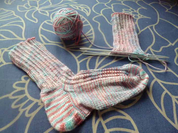Simple socks with hand-dyed yarn