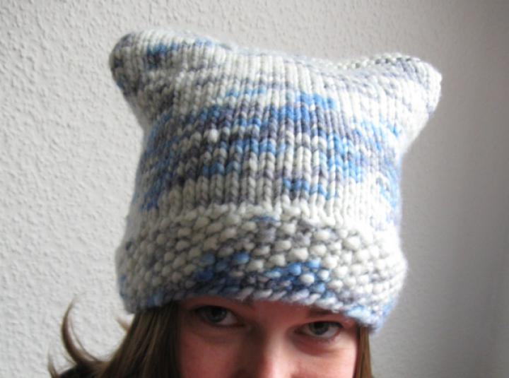 Chubby cat hats